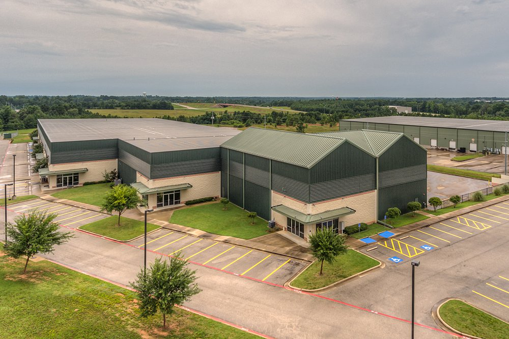 Aerial Photography - 2002 Synergy Blvd, Kilgore, TX - Becky McCord - Drake Real Estate