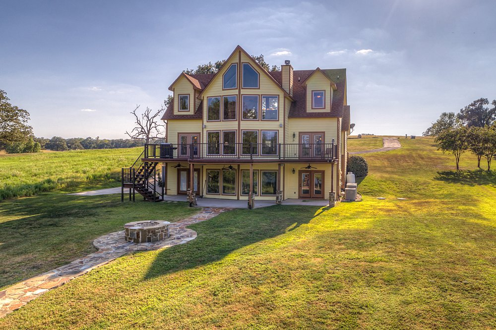 Aerial Photography - 5848 Lago Vista Dr, Athens, TX - Lisa Browning