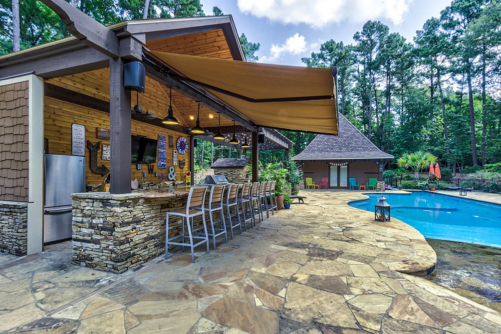 Pool, Patio, & Outdoor Kitchen - Longview, TX - Scott Hamilton Custom Builder