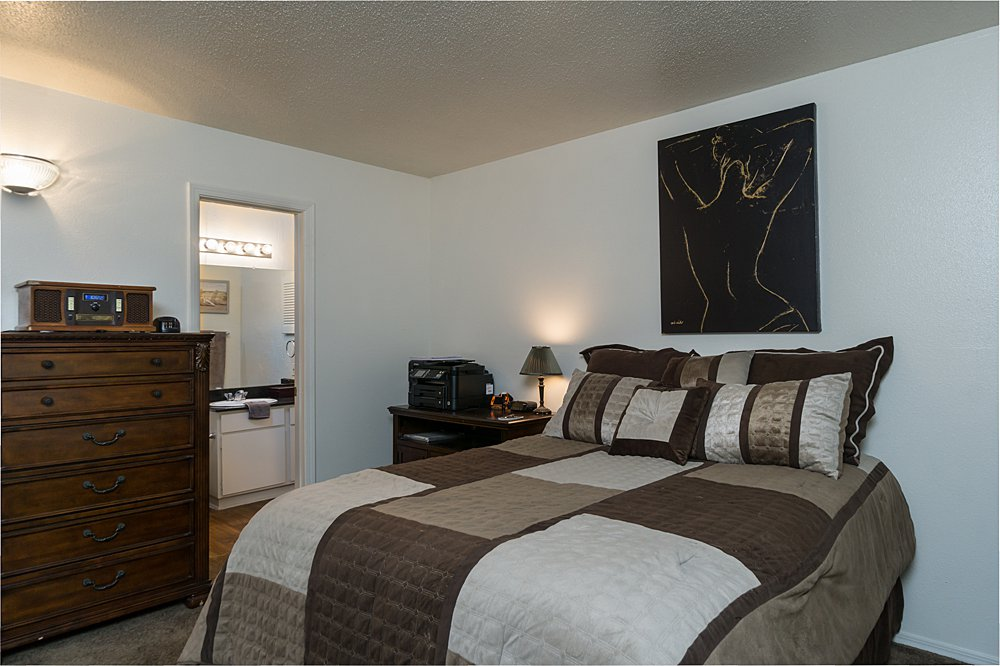 Bedroom - Towne Oaks East Apartments